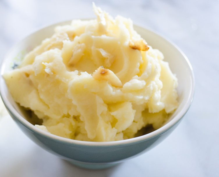 Spicy Garlic Mashed Potatoes